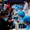 全球新冠病毒确诊病例破亿 英国病亡人数逾10万