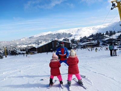 Turkey bans parties at ski resorts after Covid curfew backlash