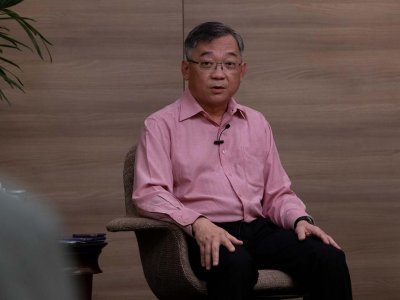 To encourage take-up of Covid-19 vaccine, govt officials will go door-to-door to address concerns, says Singapore health minister