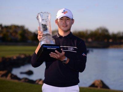 Late birdies lift Kim Si-woo to US PGA Tour win California desert