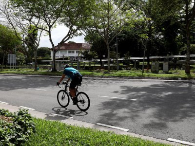 Singapore's Ministry of Transport: Brakes to be made mandatory for all bicycles using public paths, roads