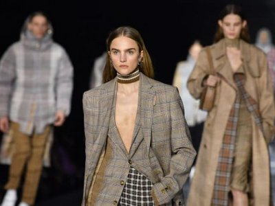 London Fashion Week trades catwalks for online innovation
