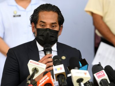 Khairy willing to take any approved Covid-19 vaccine