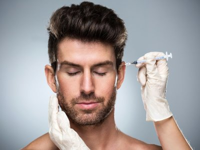 Zoom era sees pandemic boom in US plastic surgeries
