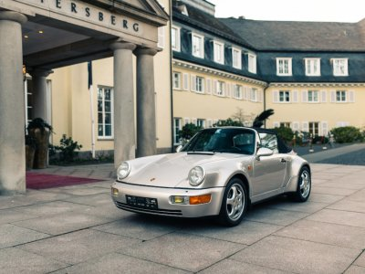 Maradona fans can buy themselves a Porsche driven by the sports legend