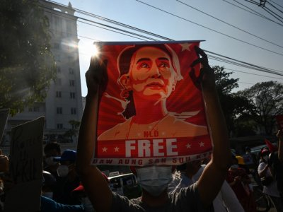 Suu Kyi hit with new criminal charge