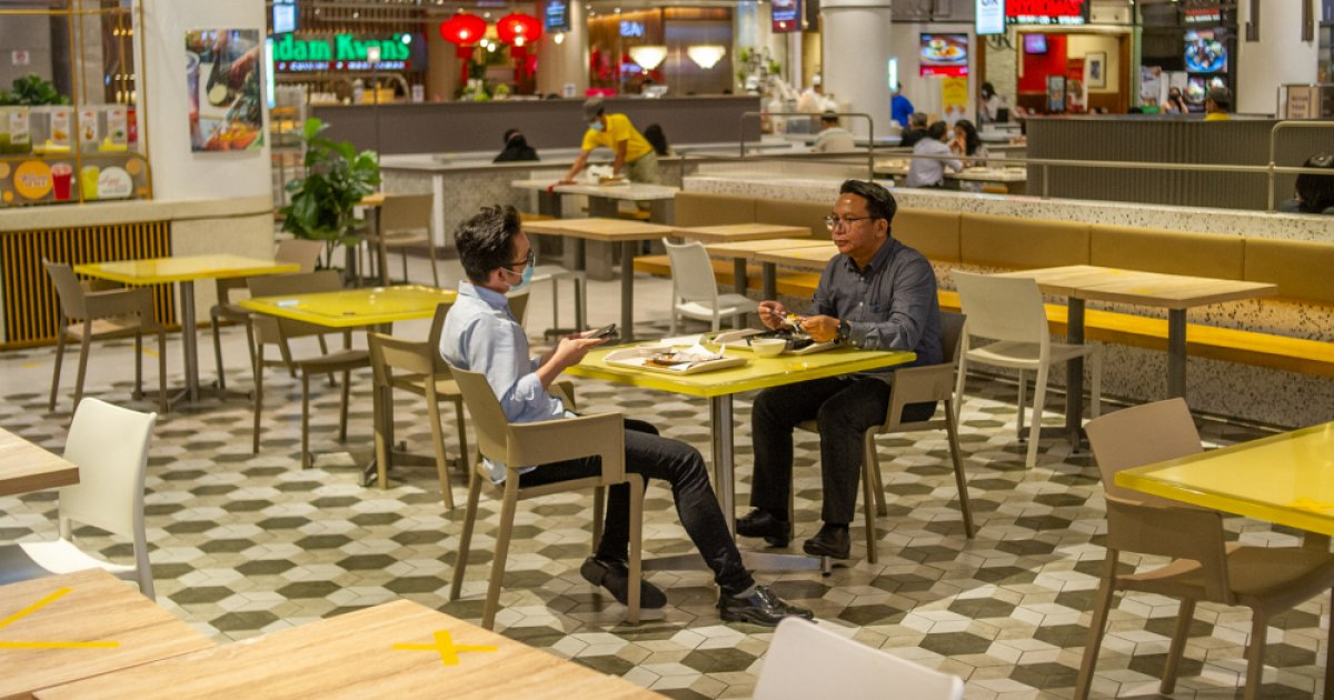 Dine-in barred for six MCO districts in Selangor but business as usual in Kuala Lumpur