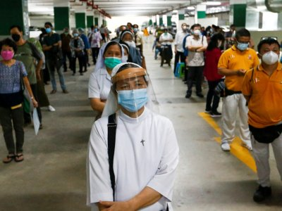 Indonesia logs fewest daily Covid-19 cases in over a year
