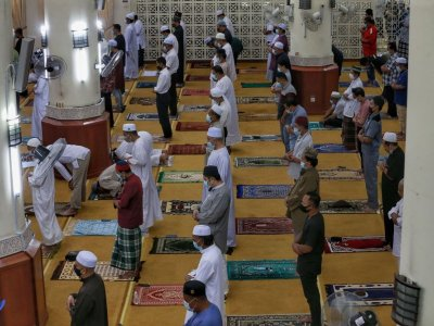 Covid-19: Mosques, surau in N. Sembilan must close for a week for breaching SOPs, says MB