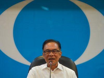 蓝眼也不完美!安华:党员要拒绝贪腐遏止叛变