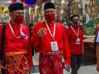 Ismail Sabri: Umno, BN MPs won't back no-confidence vote against PM if presented in Parliament