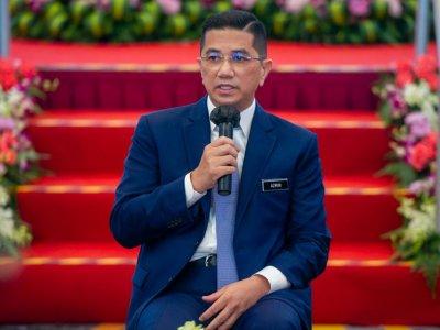 Azmin: Malaysia still a competitive investment destination despite uncertainties