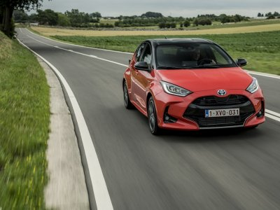 New Toyota Yaris named European Car of the Year for 2021
