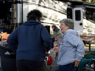 Journey rolls on for women in RVs as 'Nomadland' rides high at Oscars