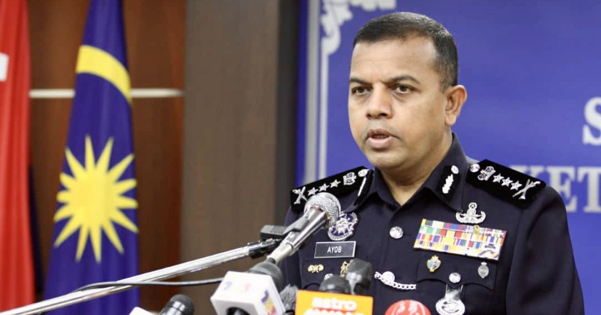 Roadblocks, rat lanes and attempted border crossings keep Johor cops busy on eve of Raya