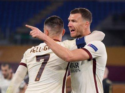 Roma line up Europa League semi with United, Arsenal cruise into last four