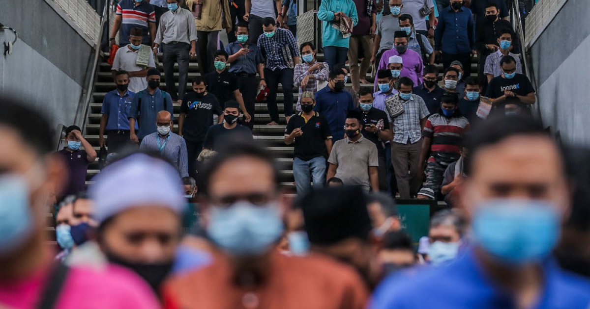 Survey shows Malaysians credit PN rather than PAS with empowering Islamic policies in the country