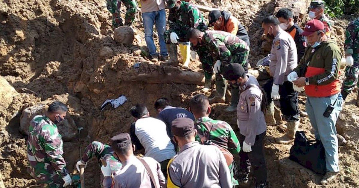 Indonesia landslide kills three, more missing