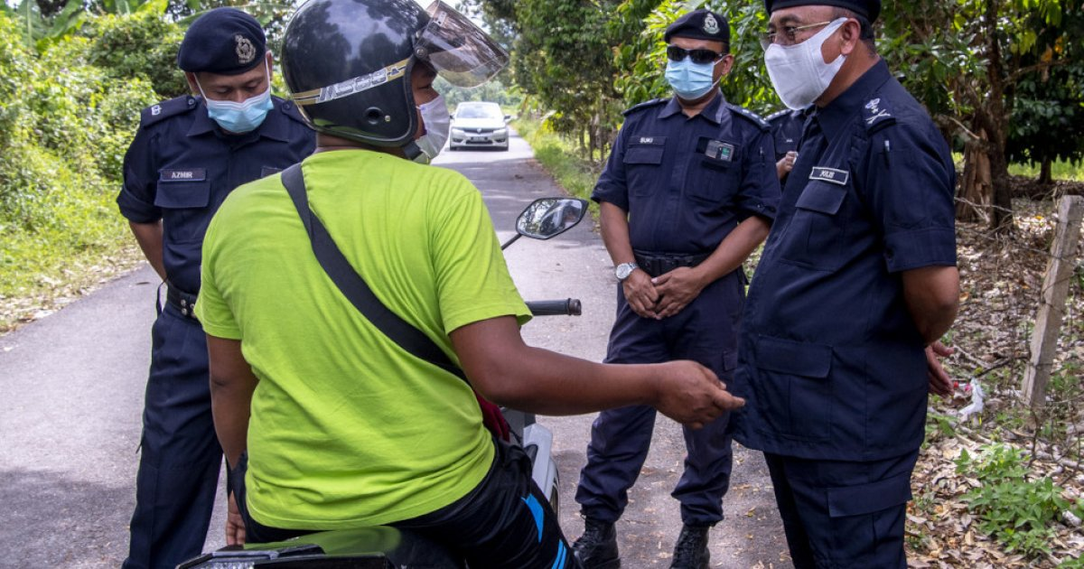 MCO: Kelantan cops tighten control at rat trails to prevent unauthorised  interstate travel   Malaysia   Malay Mail