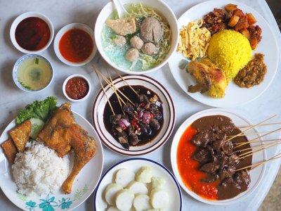 CMCO takeaway: Order the addictive 'sate' Madura and 'nasi kuning' from Ara Damansara's Rumah Makan Bu Leha