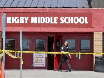 美国六年级女生校园开枪致3伤