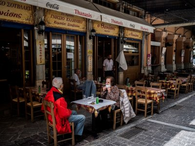 'Back to life' on cafe terraces still a tiny Covid risk, say experts