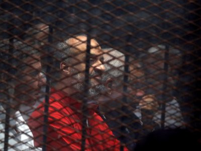 HRW urges Egypt to commute death penalties for Brotherhood members