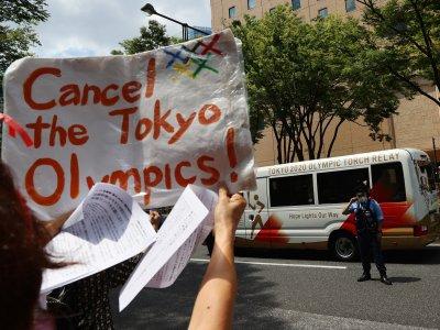 开幕礼前继续示威       日本民众坚决要求取消奥运