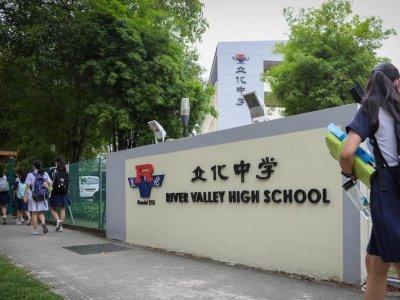 校园内砍死13岁学生 新加坡16岁少年被控谋杀