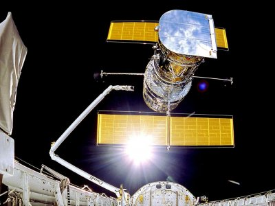 """哈勃回来了!NASA切换至备用电脑后""""复活"""""""