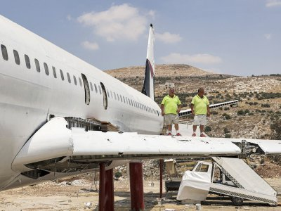 Buckle up: Palestinian twins turn Boeing 707 into restaurant