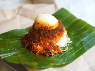 Phase One takeaway: Now Damansara Heights cafe Henry & Camille offers curbside 'nasi lemak', 'nasi dagang' and 'laksam'