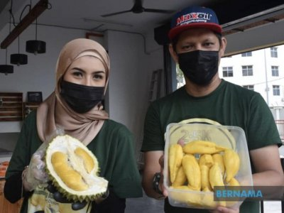 Get your durian fix! Terengganu trader makes a killing selling King of Fruits online during MCO