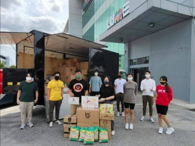 Malaysian celebrities collect items worth more than RM100,000 in four days for distribution to the needy
