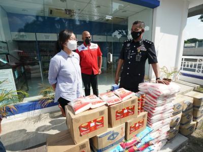 Subang Jaya district police's food bank benefits 176 people since its July 16 launch