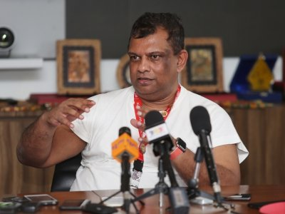 AirAsia CEO Tony Fernandes to delve into new role as podcast host next month