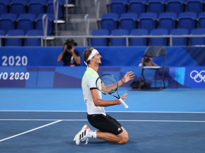 Ecstatic Zverev powers to men's gold in first for Germany