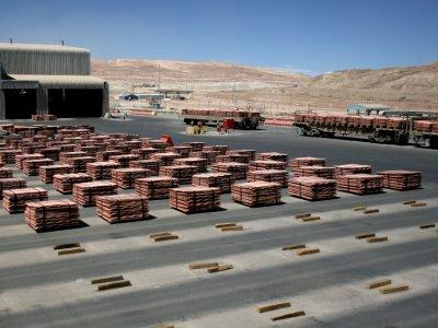 Chile copper mine workers vote to strike