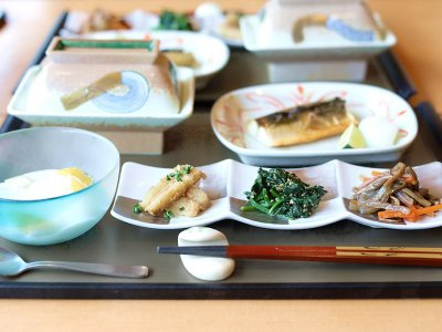 How to enjoy a traditional Japanese breakfast