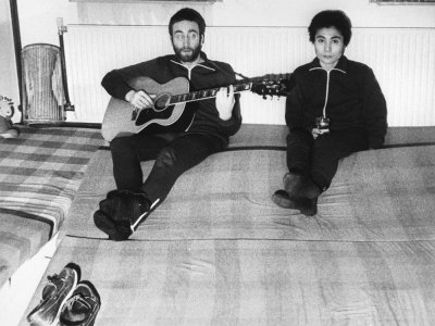 Unknown Lennon recording to be auctioned in Denmark