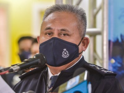 Bukit Aman CID director: Investigation on celebrity preacher disrupted due to spread of videos, messages on social media
