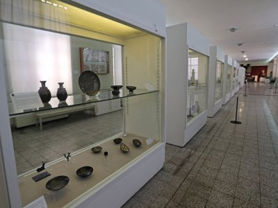 Iran museums reopen after year-long Covid break