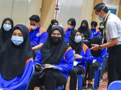 Perak targets 237,200 teens to receive Covid-19 vaccine jabs
