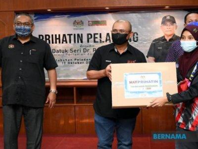 Nafas: 10,000 farmers nationwide benefit from Prihatin Peladang programme