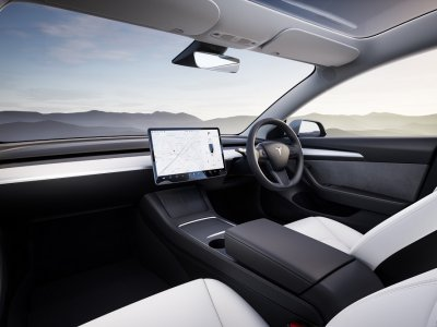 Tesla tests car insurance with a variable premium based on driving behaviour