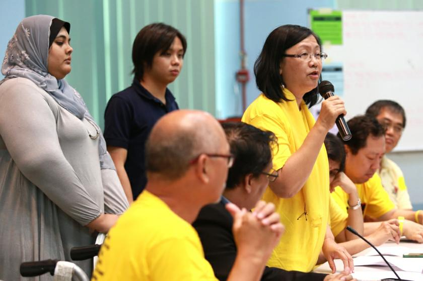 The Bersih 2.0 steering committee said Lee's decision to quit was nothing short of a 'betrayal of trust', and was unacceptable as it cast aside public interest for the benefit of his party. — Picture by Saw Siow Feng