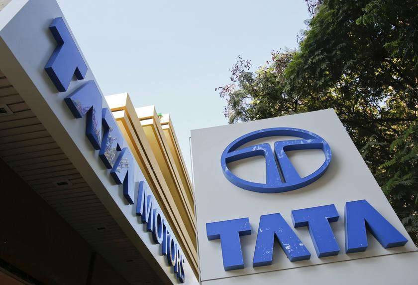 Tata Motors, the parent of British luxury marque Jaguar Land Rover (JLR), announced a consolidated net loss of 84.39 billion rupees for the quarter ended June 30 against a loss of 36.98 billion rupees a year earlier. — Reuters pic