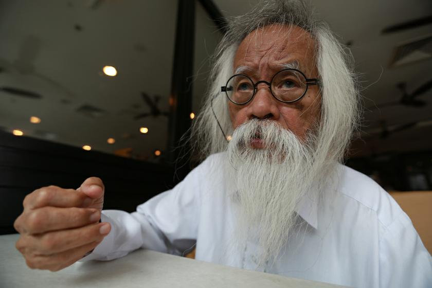 A. Samad reportedly described an offer to bring him back to DBP as 'too little too late'. — Picture by Saw Siow Feng