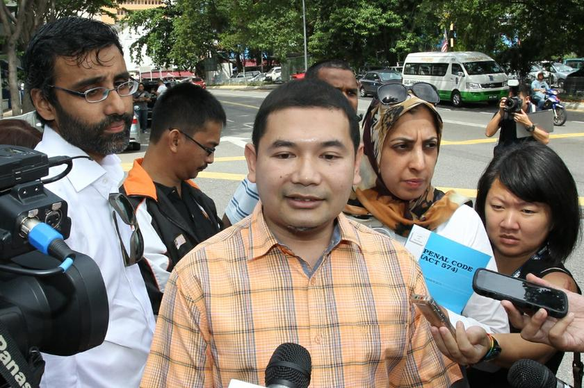 Pandan MP Rafizi Ramli said timber magnate Michael Chia's conviction reinforced the suspicion over Chia's role in the transfer of money to Sabah Chief Minister Musa Aman in 2008. — Picture by Saw Siow Feng