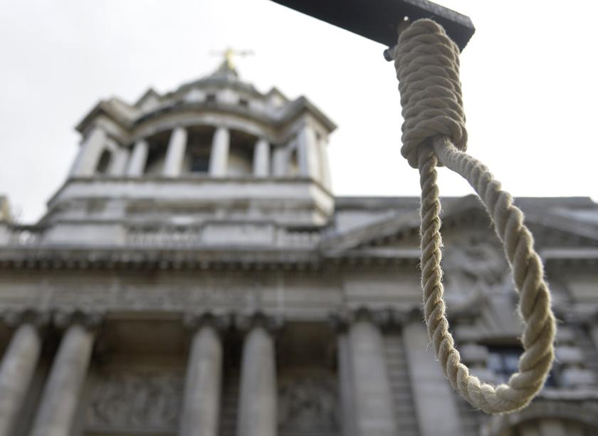 A replica hangman's noose is seen during a protest outside the Old Bailey courthouse in London February 26, 2014. — Reuters pic